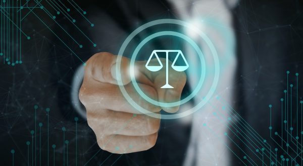 Imagem mostrando a balança da justiça